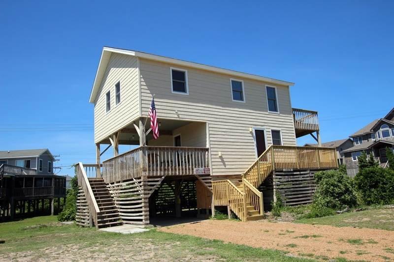 Deck,Porch,Bench,Building,Villa