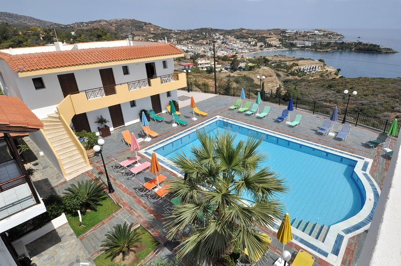 AGIA PELAGIA SEE VIEW  APARTMENT PENNYSTELLA No 5, holiday rental in Ligaria