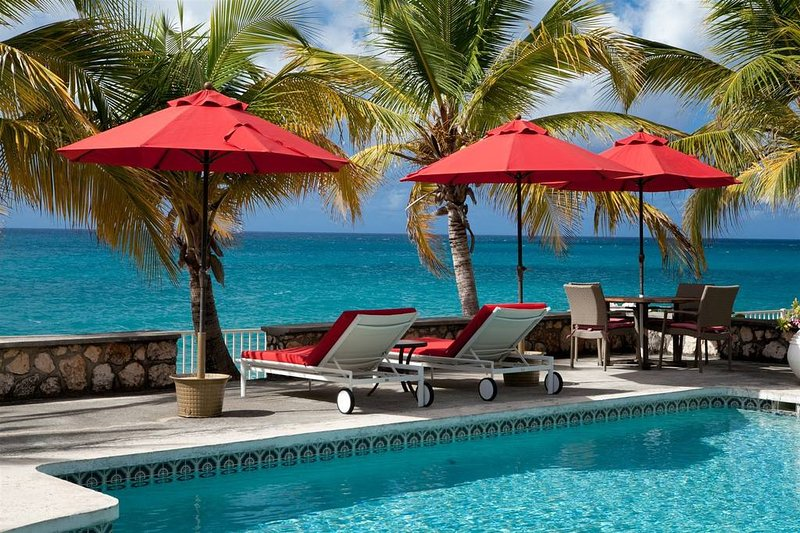 'FANTASTIC OFFERS PLEASE ENQUIRE FOR MORE' Baie Longue Beach House - 3 Bedrooms, holiday rental in Sint Maarten