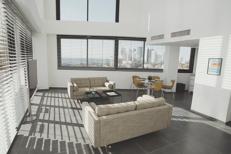 Luxury Duplex Neve Tsedek, 3BR, Pool,GYM, Parking, location de vacances à Jaffa