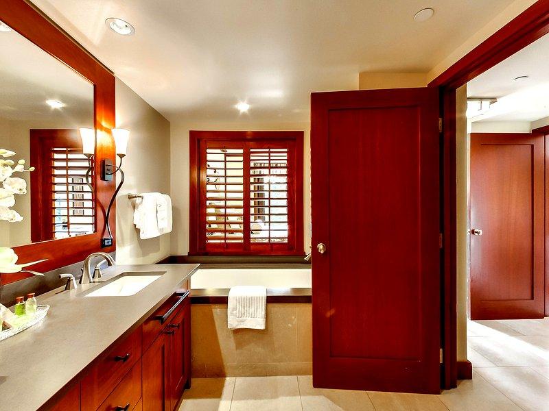 Interior, Habitación, Ventana, Cuarto de baño, Comedor