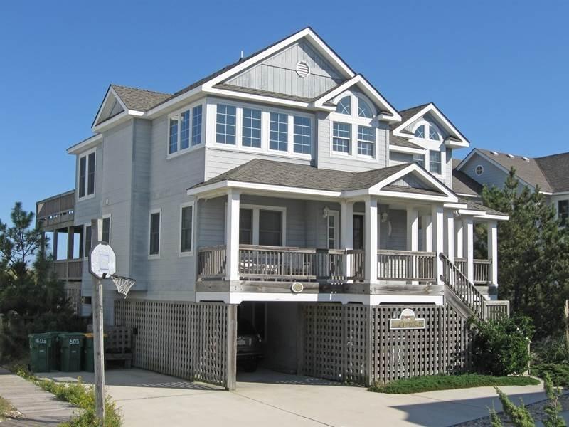 Building,Villa,Cottage,Downtown,Neighborhood