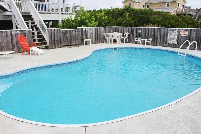 Pool,Water,Resort,Swimming Pool,Banister