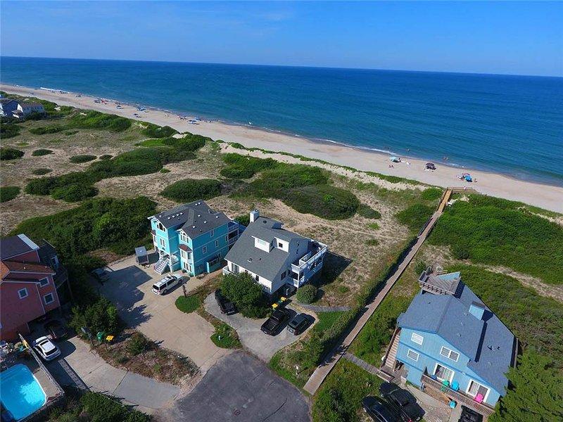 Hotel,Resort,Beach,Coast,Outdoors