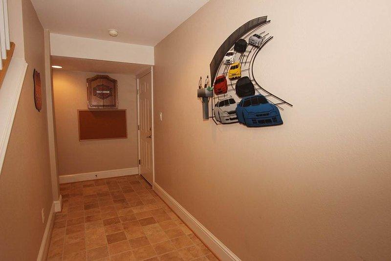 Floor,Flooring,Indoors,Room,Hardwood