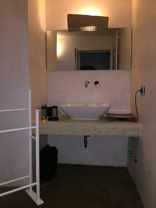 Suites Donna Giovanna: badrummet