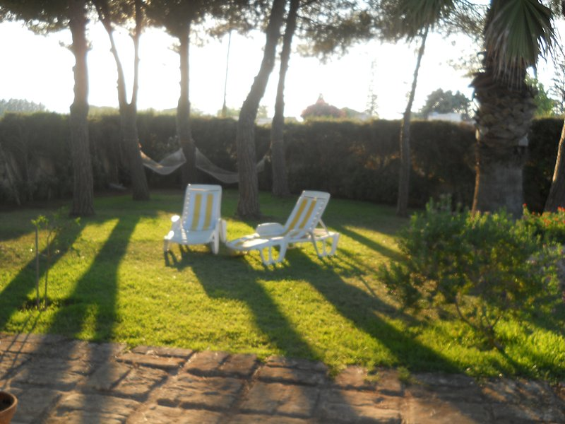 VILLADIANA  - NiCE VILLA QUIET PLACE (PRICE ALL INCLUSIVE), holiday rental in Fontane Bianche