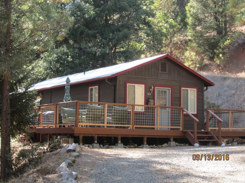 Cabin in the Woods in Douglas City, CA
