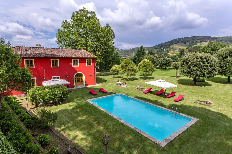 Tuscan Country Home with own pond, pool, gym,air-conditioner,wifi, personal chef, vacation rental in San Lorenzo a Vaccoli