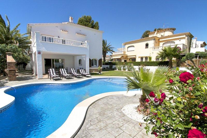 GALLO Gran villa en playa, piscina y wifi gratis, location de vacances à Miami Platja