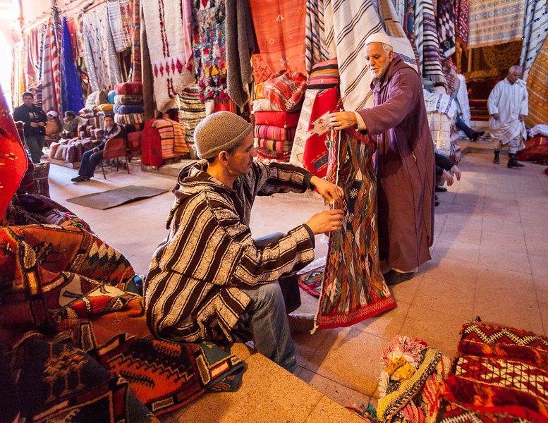 ação Berber Locale, todos os dias correr por 2 horas por dia