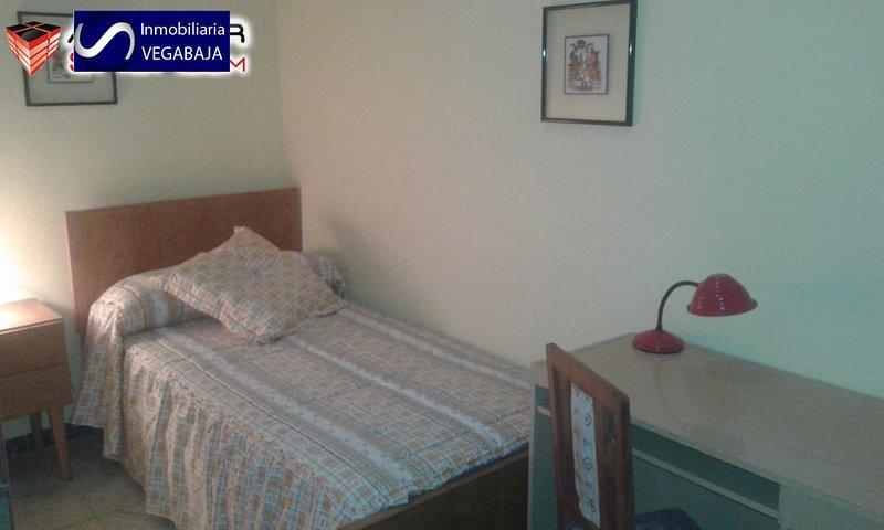 HABITACION 1 EN CALLOSA DE SEGURA, holiday rental in Agost