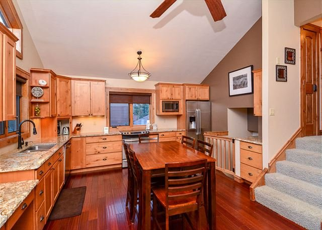 La Dulce Vie Kitchen and Dining Frisco Lodging Vacation Rental