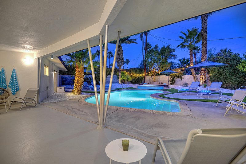 The Retro House Updated 2019 Holiday Rental In Palm Springs Tripadvisor