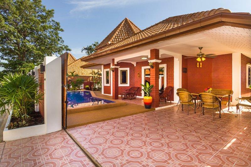 ★★★★★ Villa  Sabai 5 min. to beach, city and walking street – semesterbostad i Pattaya