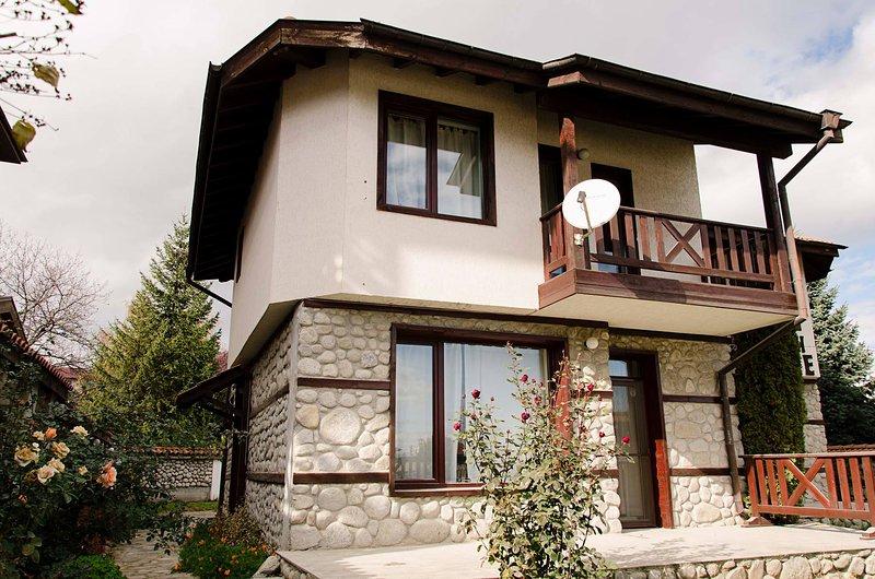 SnowNest Villas 2, holiday rental in Razlog