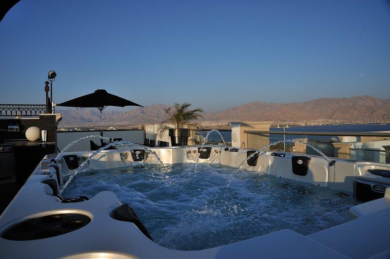 Magníficas vistas de la bahía de Eilat y las montañas de Edom