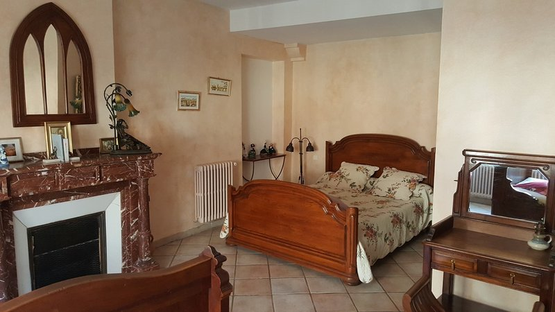 chambre limouxine, vacation rental in Fabrezan