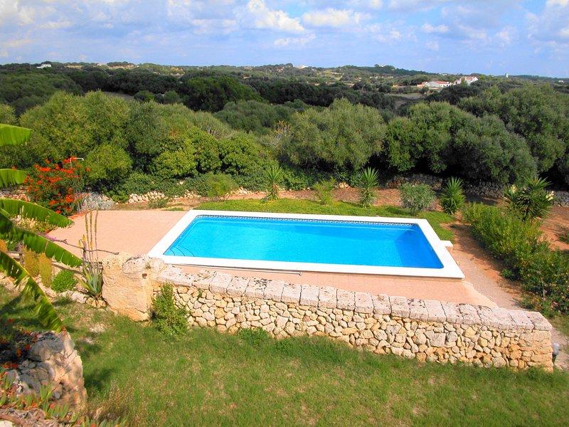 Casa de campo con piscina privada, WiFi gratis, location de vacances à Son Vitamina