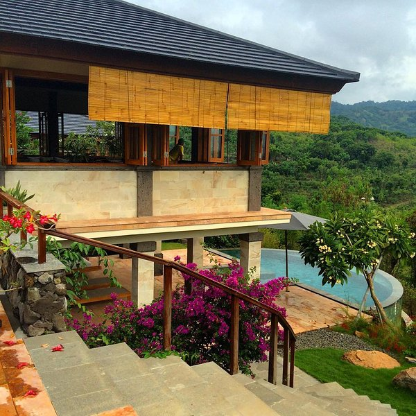 Villa JulieLele, Sumberkima Hill, holiday rental in Jembrana