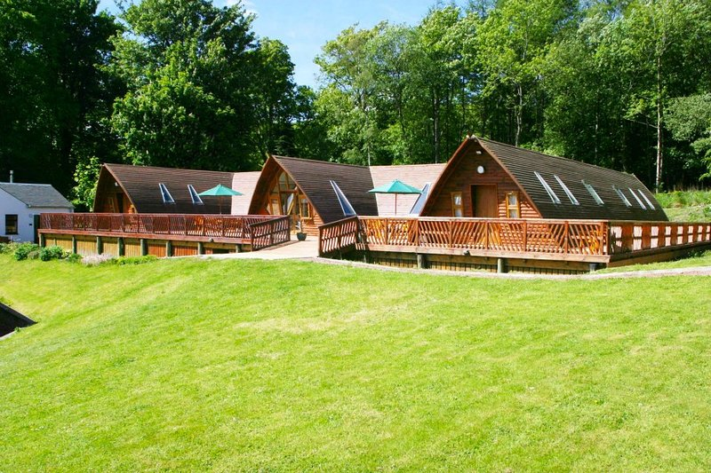 Rabbie Burns Lodge, holiday rental in Kirkmichael