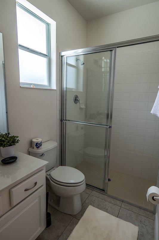 Gedeelde badkamer van Twin en bunked Bed