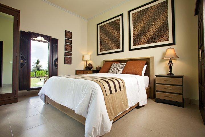 Villa Cemadik Three Bedroom Villa, holiday rental in Ubud