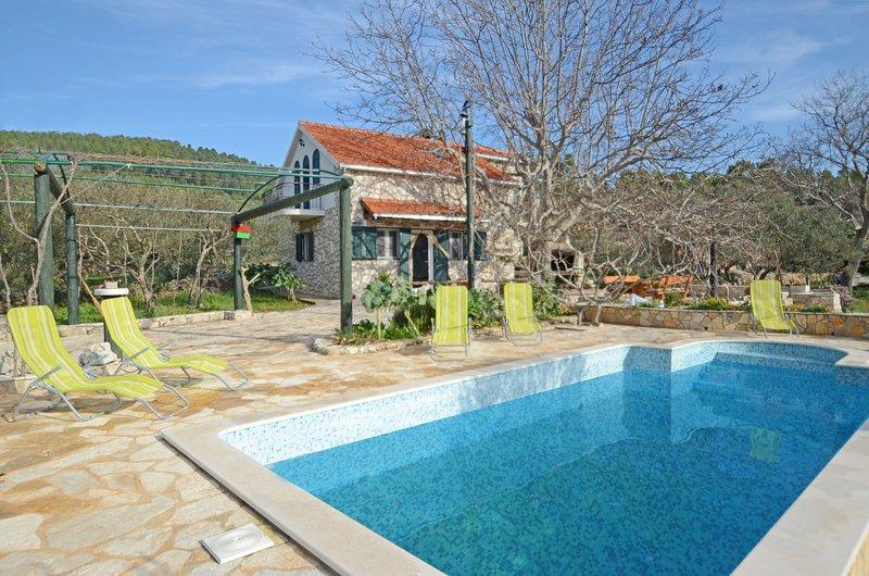 Villa Oliva, Ferienwohnung in Prizba