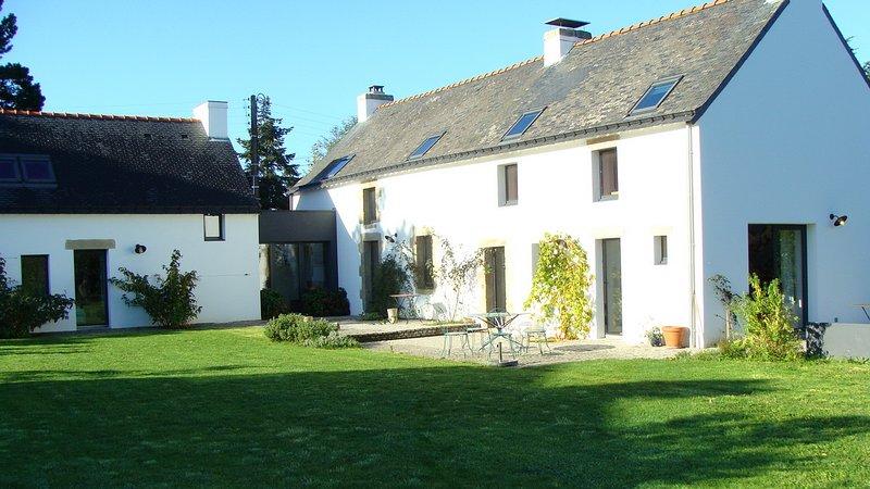 Big house near the beach & terrace, location de vacances à La Trinite-sur-Mer