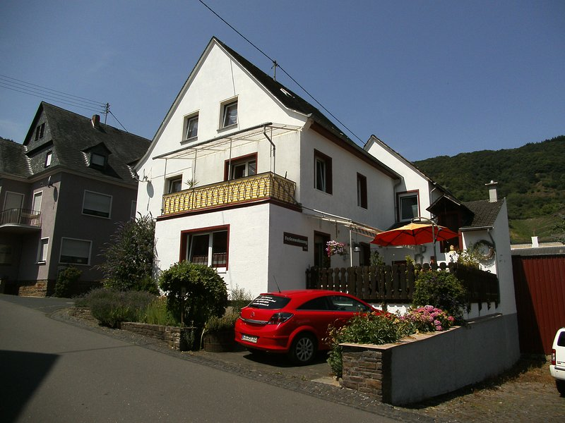 Elkes Ferienoase 2 beautiful apartments in the immediate vicinity Mosel. Centrally located