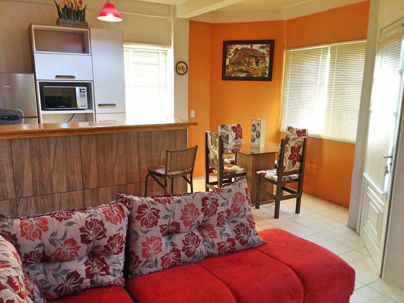 Casa aconchegante no Centro de Gramado, vacation rental in Nova Petropolis