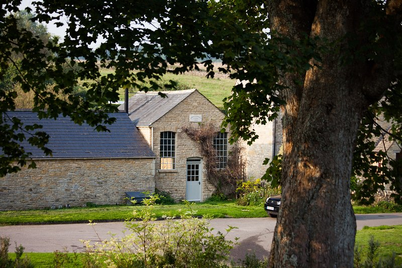 Converted Chapel sleeping 2 in the most beautiful village in the Cotswolds, casa vacanza a The Slaughters