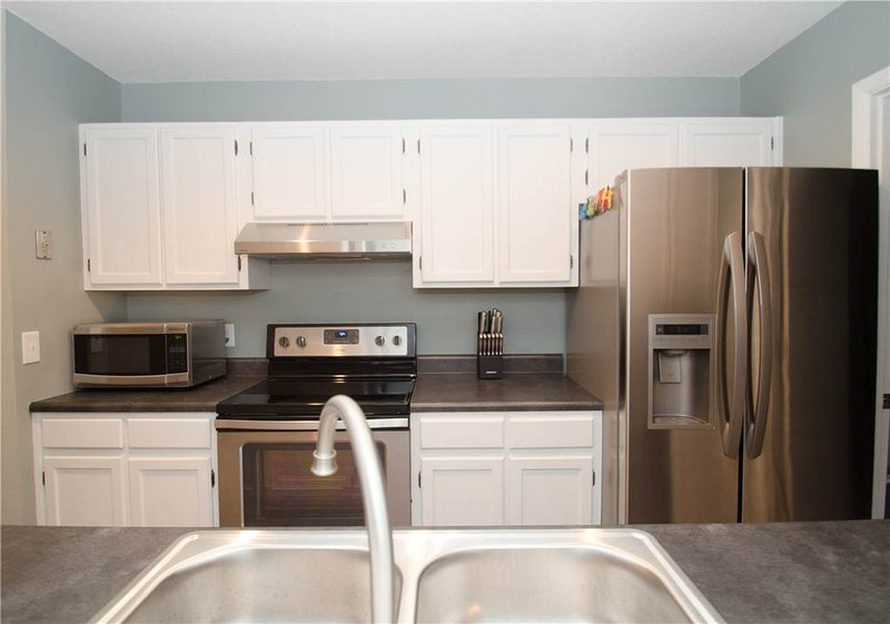 Indoors,Kitchen,Room,Banister,Handrail