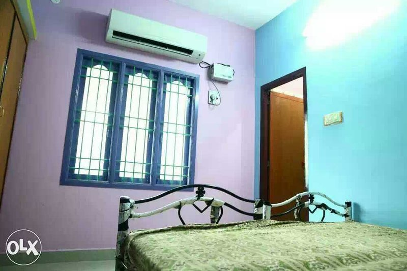 Auroville guest house for traditional stay, holiday rental in Kottakuppam
