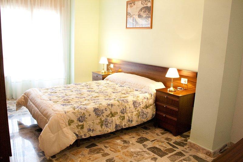 Apartamento Sol con encanto, vacation rental in Calatayud