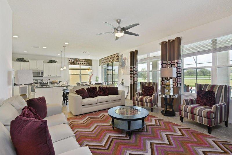 Alquiler de vacaciones en West Haven Gated Community sala de estar con sofá