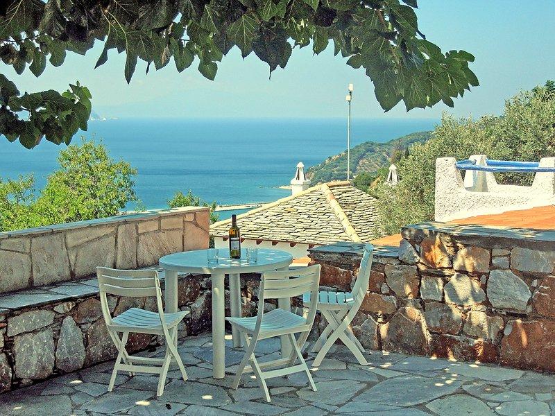 Villa CAMELIA. A partir do terraço com sombra do Villa CAMELIA soggiarno ...