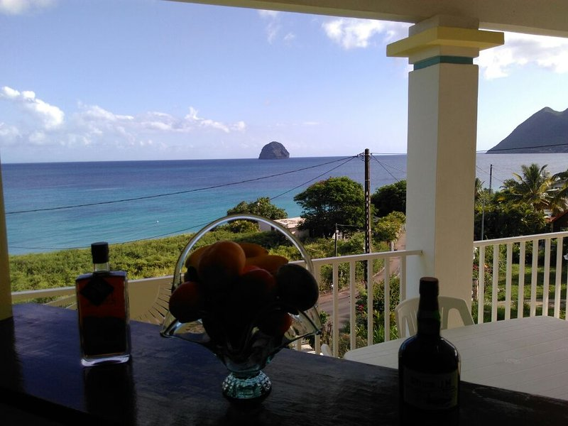 Sea View Bar