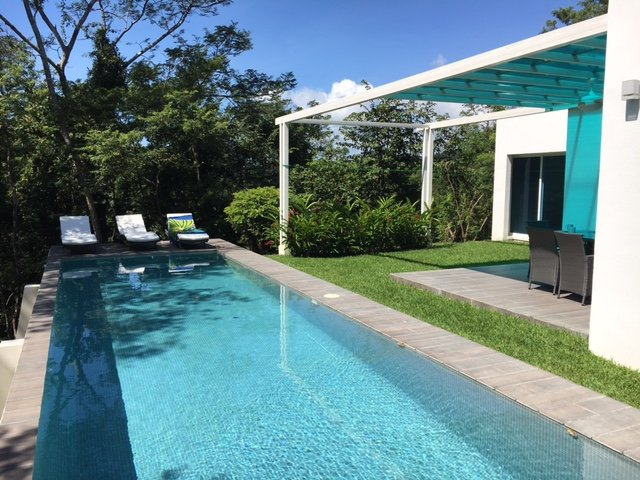 Modern villa with ocean view, vacation rental in Hojancha