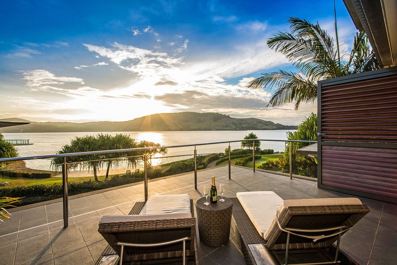 The Blue Marlin Yacht Club Villa 6 On Hamilton Island, vacation rental in Hamilton Island