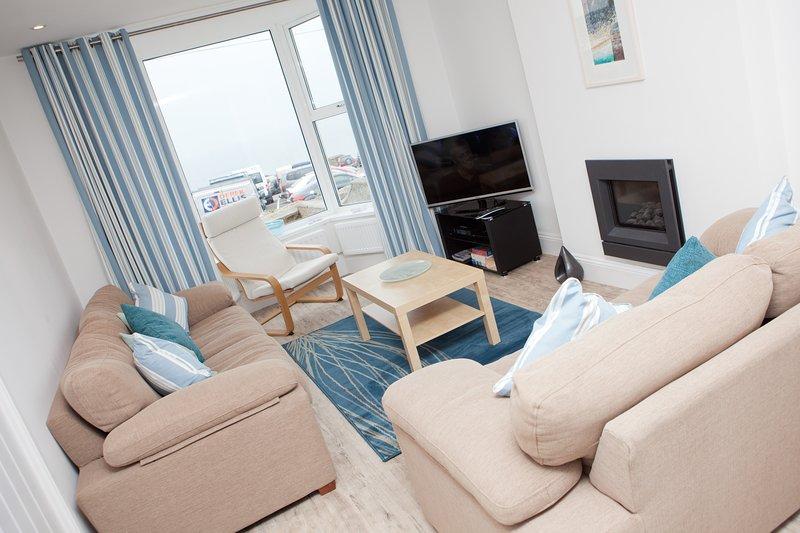 SeaCrest 1 - Lounge