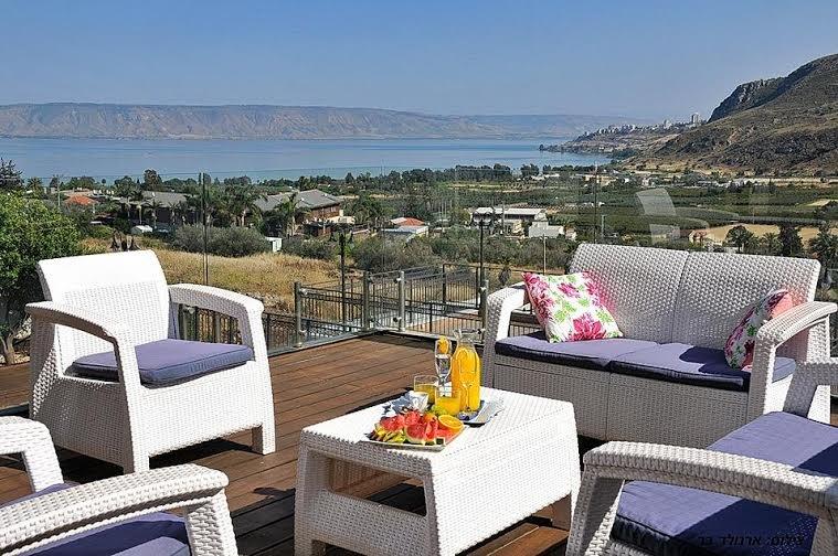 Utsikt från balkongen i vardagsrummet