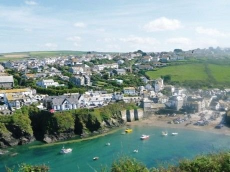 Silvershell View - Located at the top of picturesque Port Isaac Village.