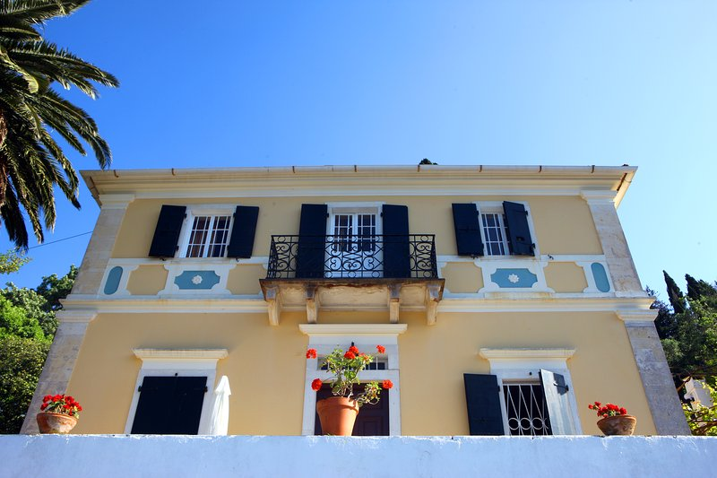 Manor House  Mara, vacation rental in Loggos
