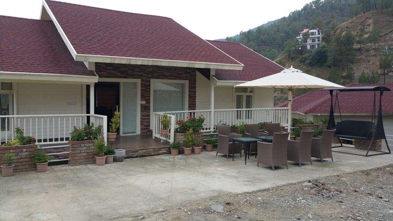 Excellent Tripadvisor Snowvale Cottage 4Bhk Ultra Luxury Interior Design Ideas Greaswefileorg