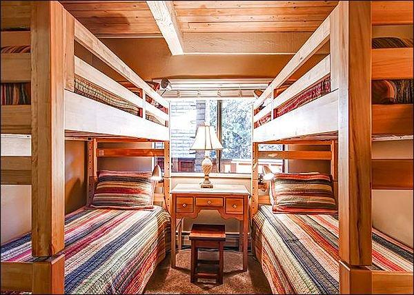 Slaapkamer met twee XL Twee bedden