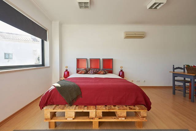 Industrial Loft, holiday rental in Sintra Municipality