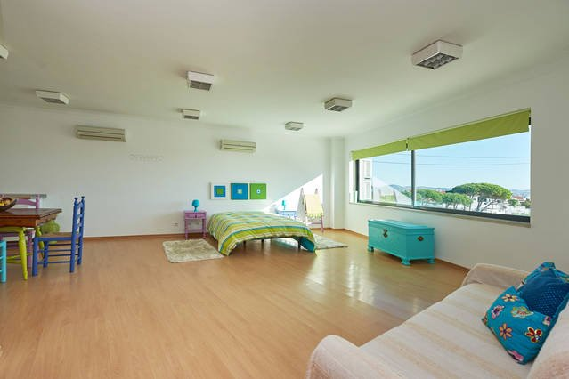 Colors Loft, holiday rental in Sao Joao das Lampas e Terrugem