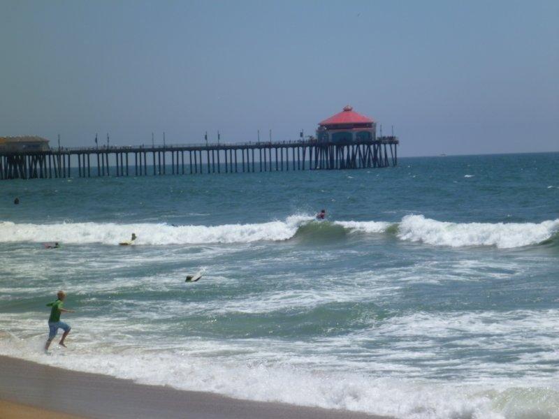 Ver a partir de areia na frente da propriedade para o Pier.