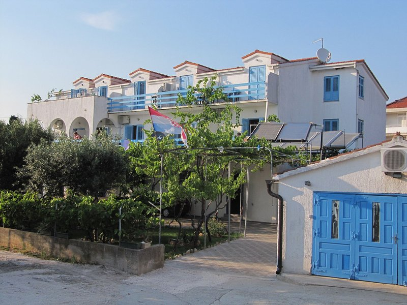 Blue A11(3+2) - Sucuraj, vacation rental in Hvar Island